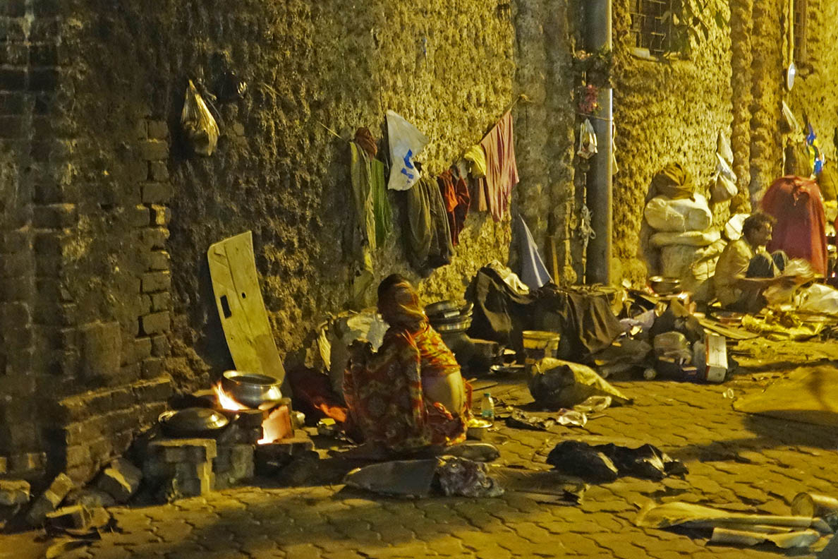 The streets of Kolkata at Night